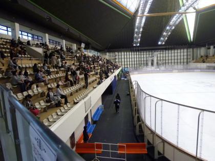 神戸ライフ:神戸市立スポーツセンター:メインスタンド席