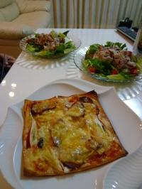 神戸ライフ:春巻きの皮でピザ
