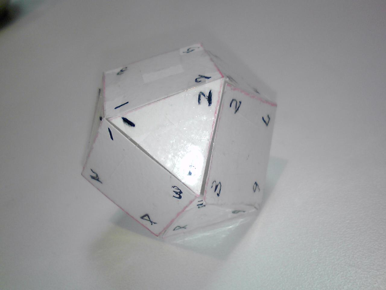 正十四面体模型