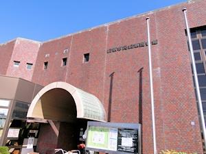 松原図書館