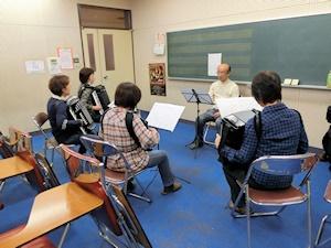 音楽室 (3)