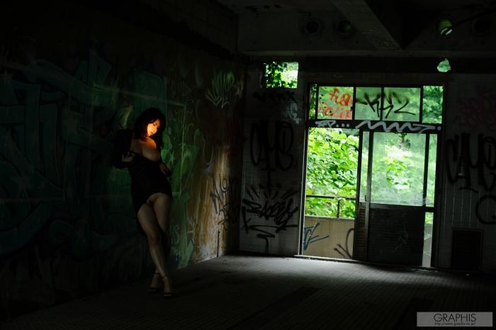 gra_anri-o2040.jpg
