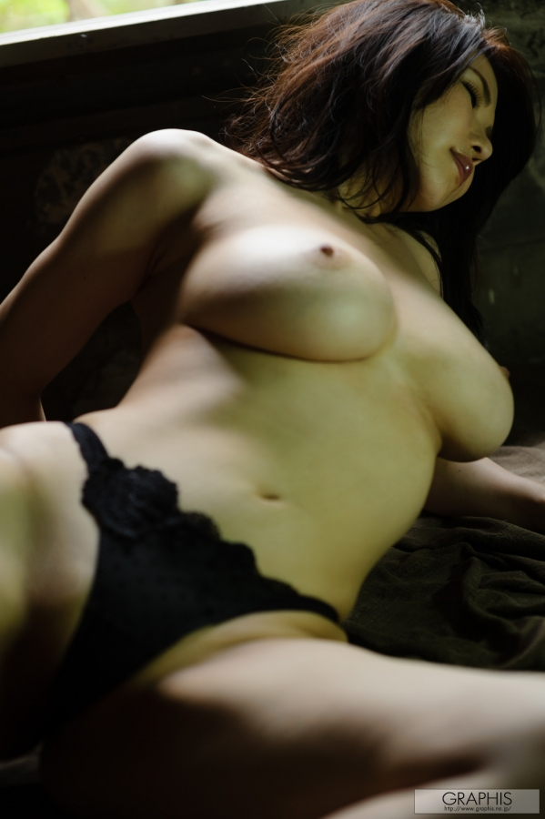 gra_anri-o2079.jpg