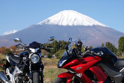 富士山と121110