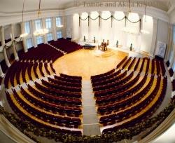 ヘルシンキ大学ホールample1