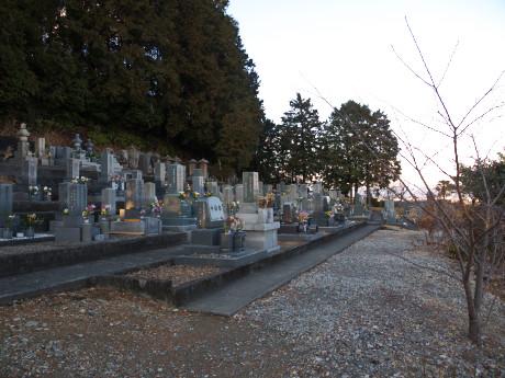 06連城寺-墓地