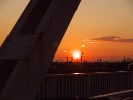 17天竜川夕日