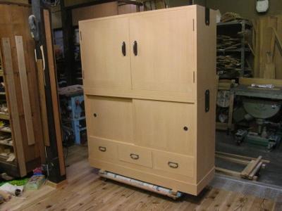 無垢総桐箪笥、(桐戸棚)、幅4尺トノコ化粧仕上げ