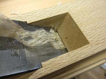 一枚鉋の刃口の隙間