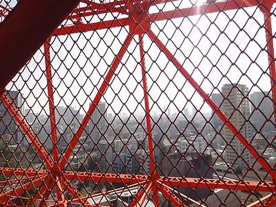 tower201102e.jpg