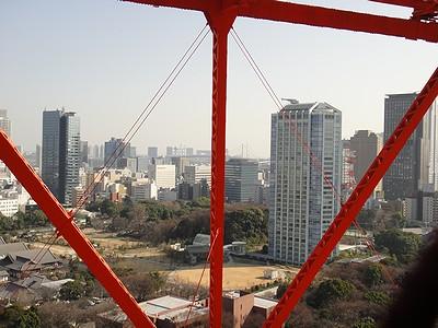tower201102f.jpg