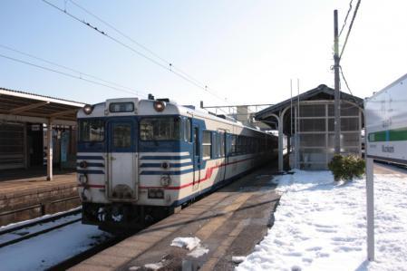 羽越本線2012-12-29 キハ47村上