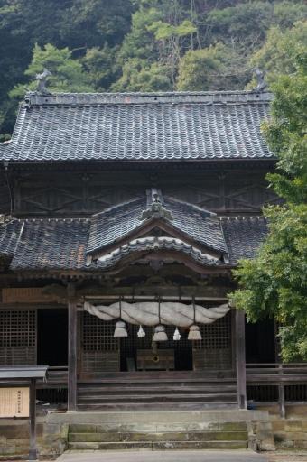 城上神社拝殿