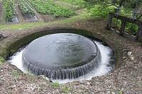円筒分水槽