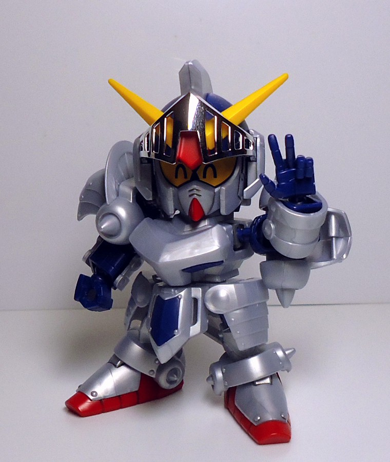 BB-L-KNIGHT_GUNDAM-17.jpg