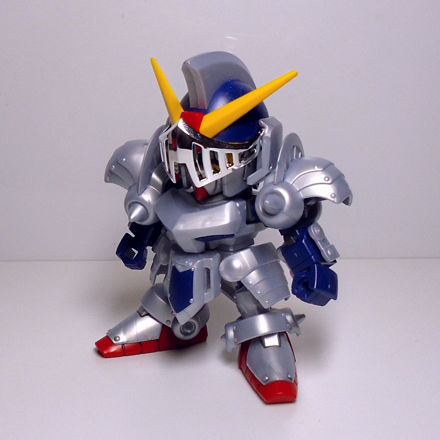 BB-L-KNIGHT_GUNDAM-5.jpg