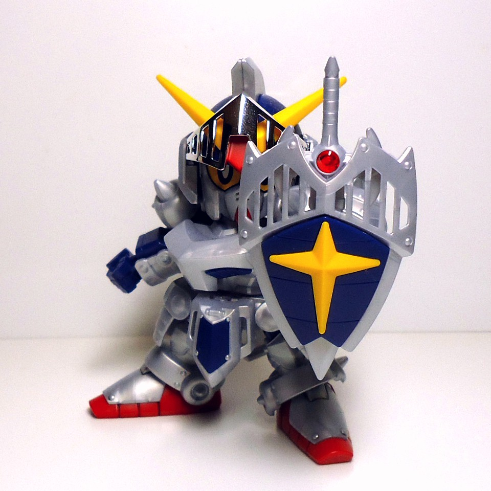 BB-L-KNIGHT_GUNDAM-8.jpg