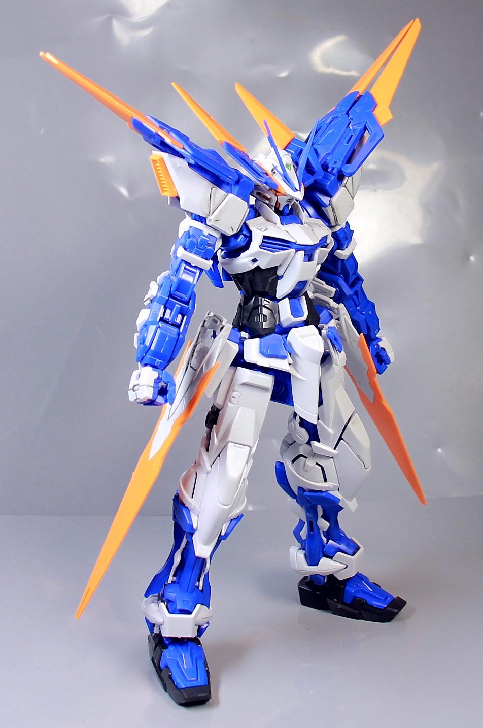 MG-BLUE_FRAME-D-112.jpg