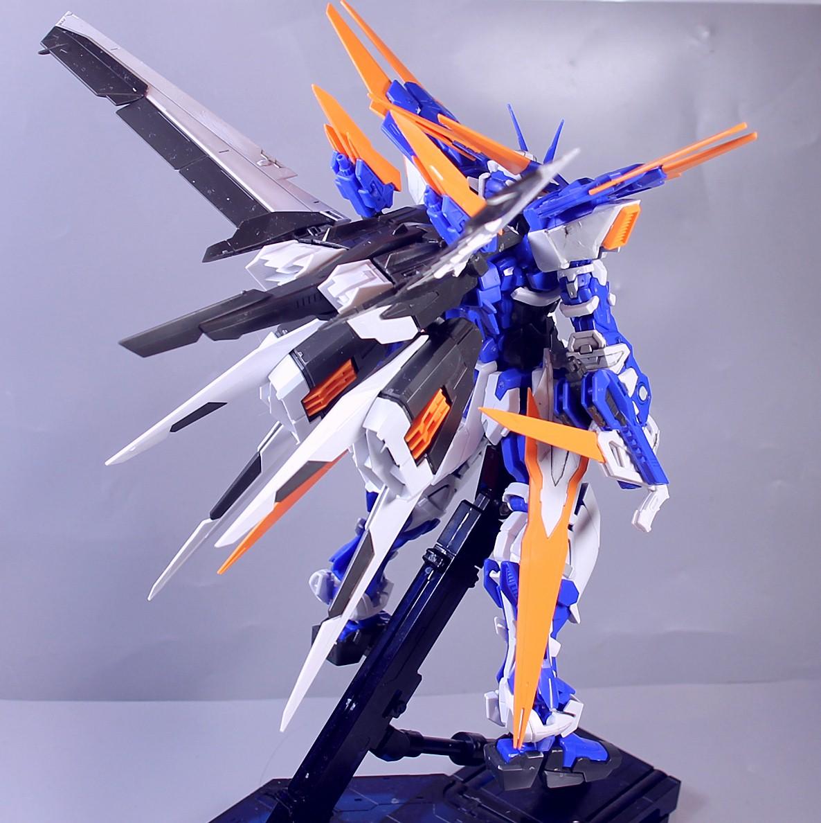 MG-BLUE_FRAME-D-146.jpg