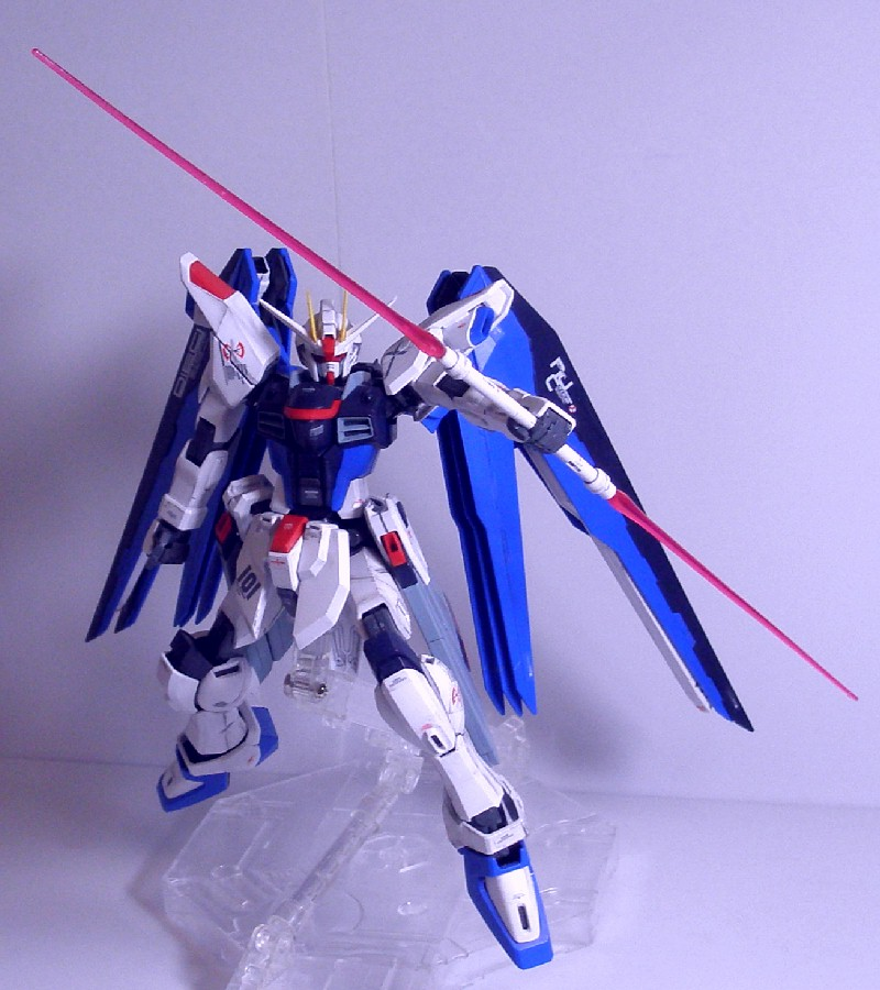 MG-FREEDOMGUNDAM10.jpg