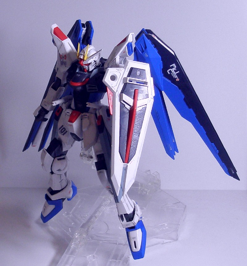 MG-FREEDOMGUNDAM11.jpg
