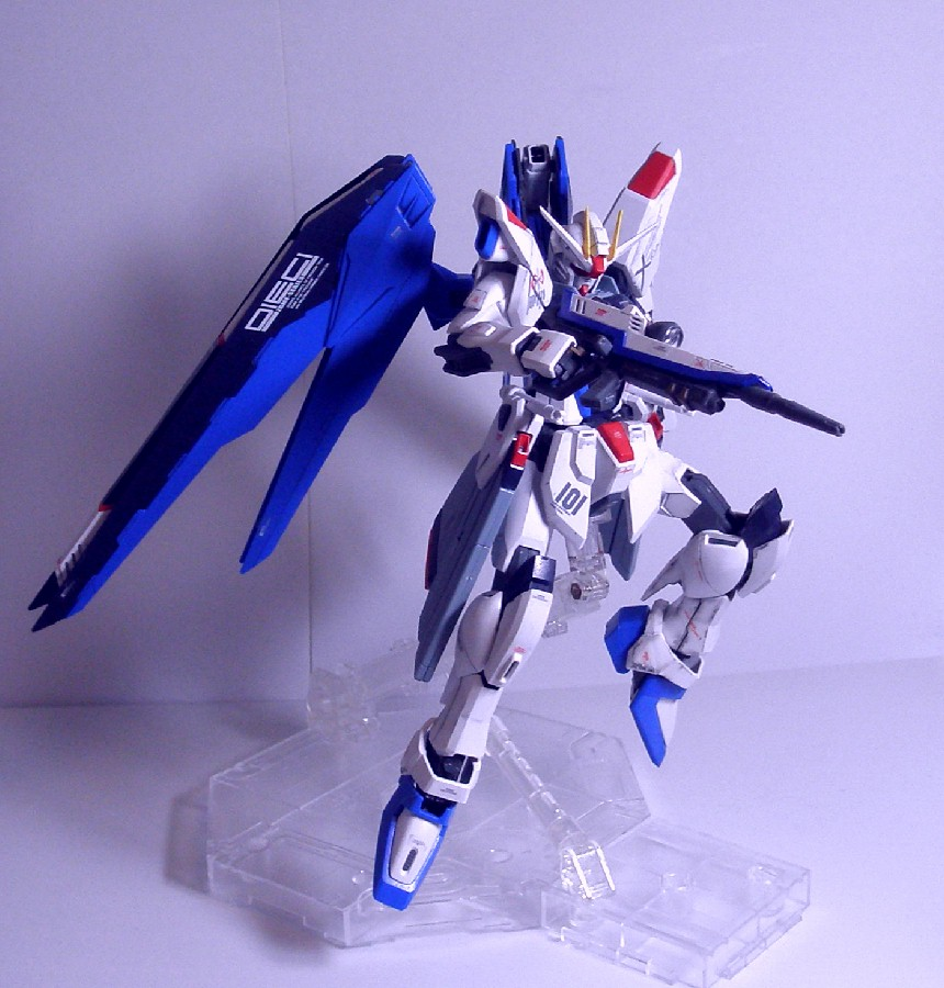 MG-FREEDOMGUNDAM12.jpg