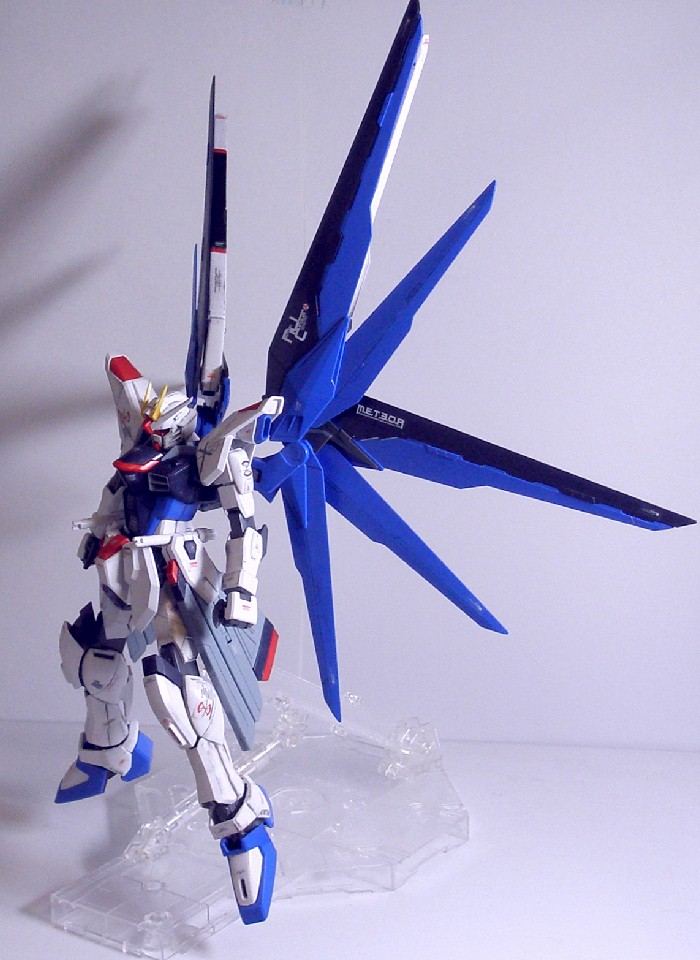 MG-FREEDOMGUNDAM18.jpg