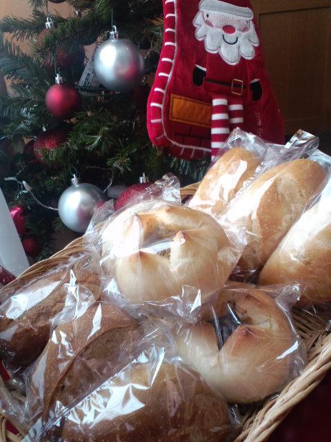 パン給食1