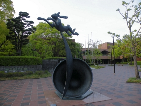 旧聞に属する話2011-美術館