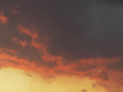 2012.1.31 夕暮れの黒い雲