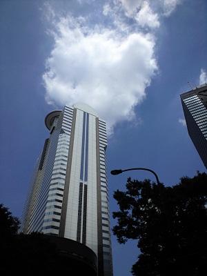 高層ビルから雲?煙?