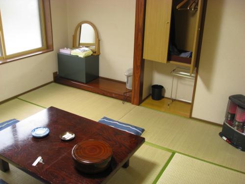 藤七温泉 彩雲荘 部屋