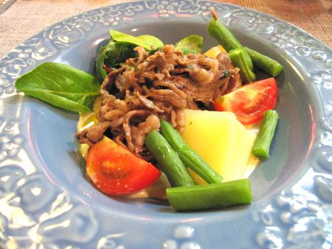 牛肉と彩り野菜のツナソース