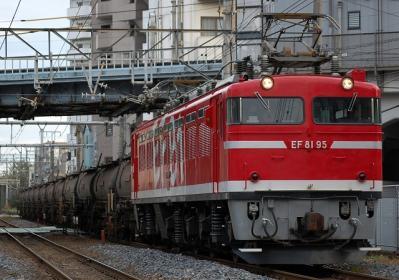 5388レ EF81 95+タキ12