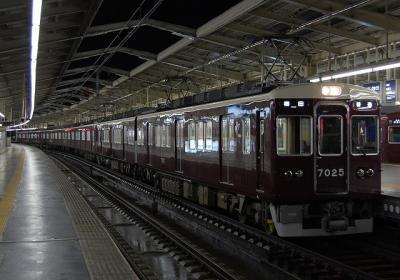 7025F+7024F+7026F 普通梅田行