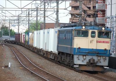 76レ EF65 1072+コキ