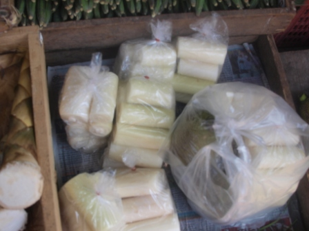 バナナの茎タラート