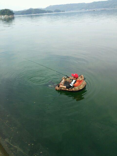 浮き輪エギング