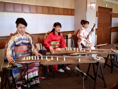 牡丹会・琴と三味線の出張演奏