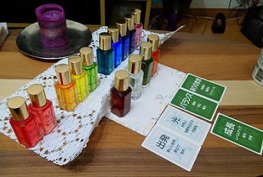 カラーセラピーモニター