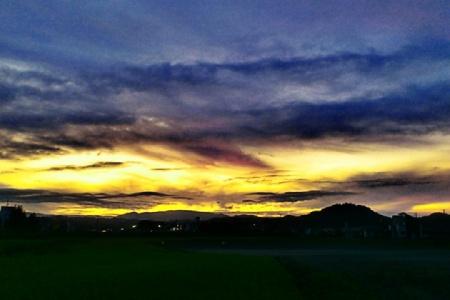 水石山の夕日