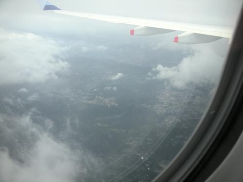 台北松山空港上空