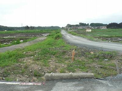 福島県新地町常磐線南側を見ます