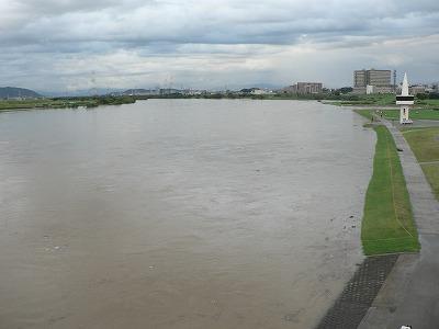 2011年9月4日の淀川枚方付近