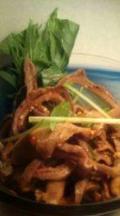 豚ガツの水菜和え