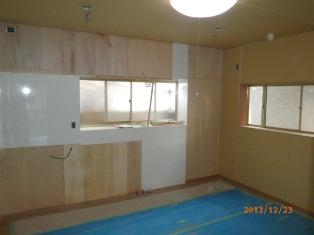 キッチン廻り造作完了 (1)