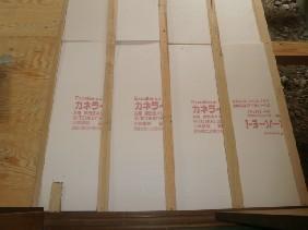 床下地組完了断熱材確認 (1)