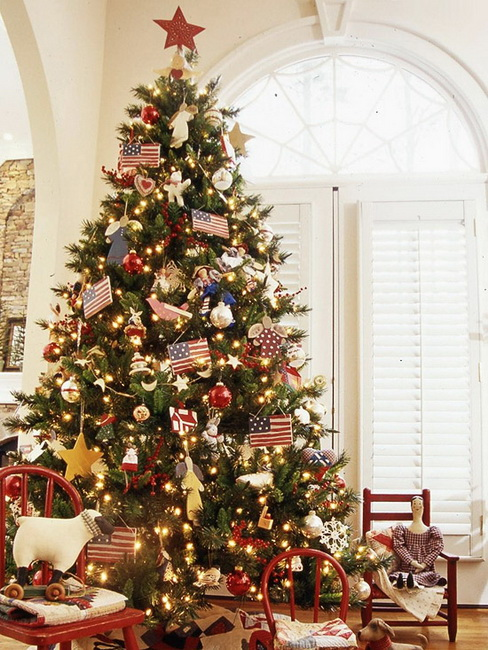 4-fresh-ideas-for-christmas-tree-decorating-American-Pride-Christmas-Tree.jpg