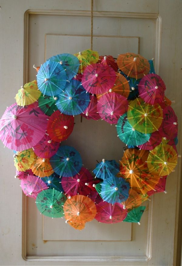 bb024__umbrella-wreath.jpg
