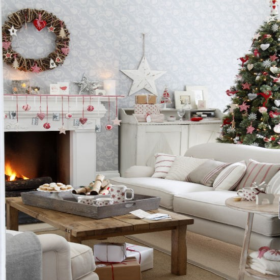 living-room--Christmas--scandi--Ideal-Home.jpg
